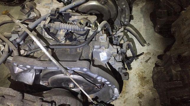 Коробка передач Ниссан Primera P12. QR20DE. Вариатор.