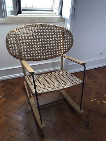 Cadeira Baloiço IKEA
