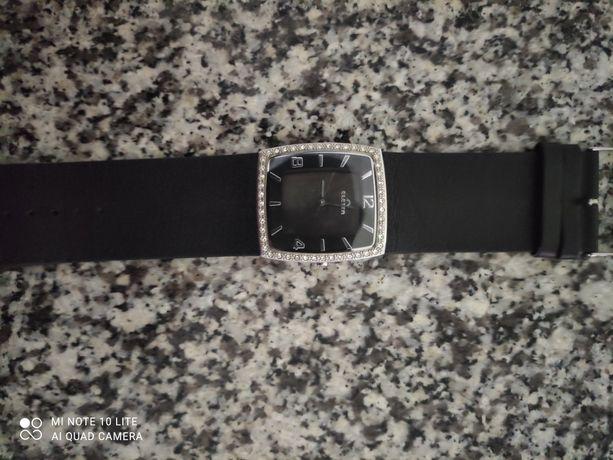 Vendo relógio como novo