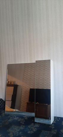 Зеркальный подвесной шкаф для ванной и подставка под раковину cersanit