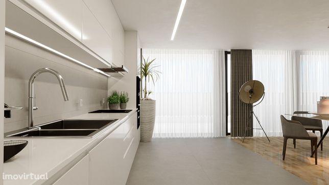 T1 NOVO - Quinta Forbes - terraço (20m2) e garagem - 300m praia Granja