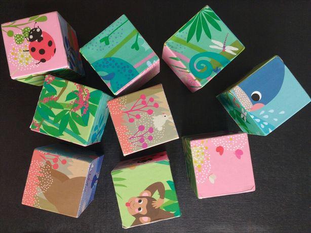 Puzzle de cubos + livro para bebés