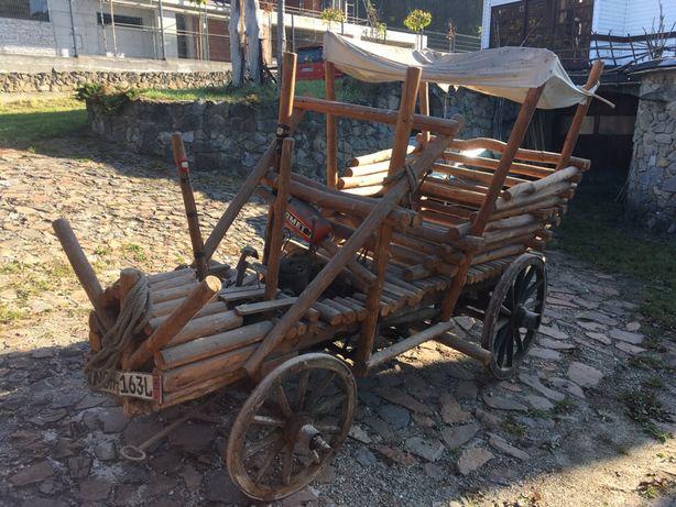 Pojazd ogrodowy, drewniany Łoboś reklama karczma atrakcja auto drewnia