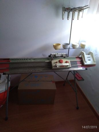 Máquina de tricotar PASSAP