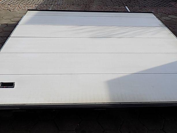 Brama panelowa, segmentowa ,garażowa 382x378cm