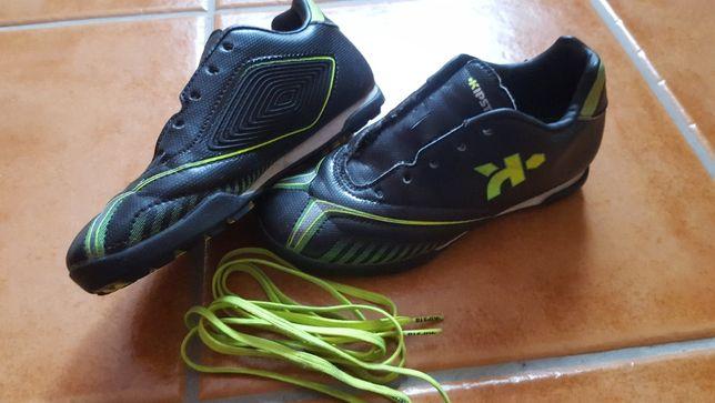 Sapatos / Chuteiras Futebol - Criança
