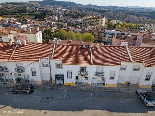 Moradia T4 + 1 Centro do Sobral de Monte Agraço