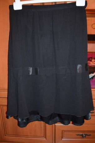 В наличии Черная шифоновая юбка