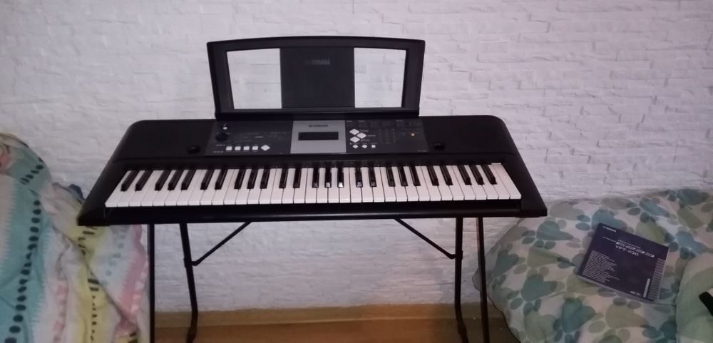 Keyboard Yamaha YPT-230 stojak pedał Licze - image 1