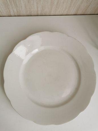 Biały talerz porcelana Ćmielów falowane boki PRL vintage