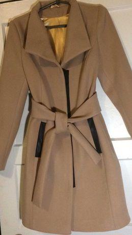 Пальто кашемировые демисезонные размер 46