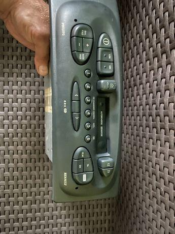 Radio Renault  Philips Radiosat 6010 + wyswietlacz