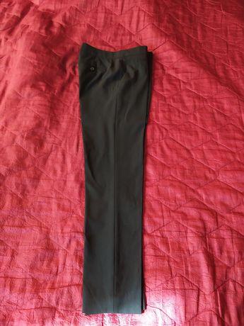 Класичні брюки фірми zara 42p