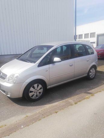 Opel Meriva em bom estado