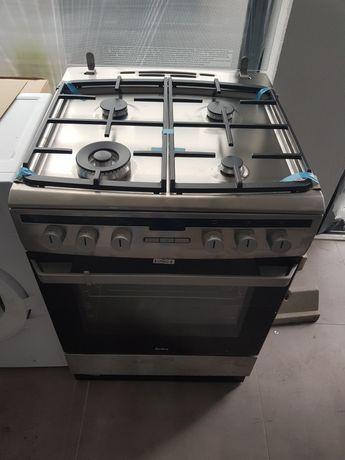 Amica 618GE3.39HZPTADPNAQXX Kuchnia gazowo-elektryczna
