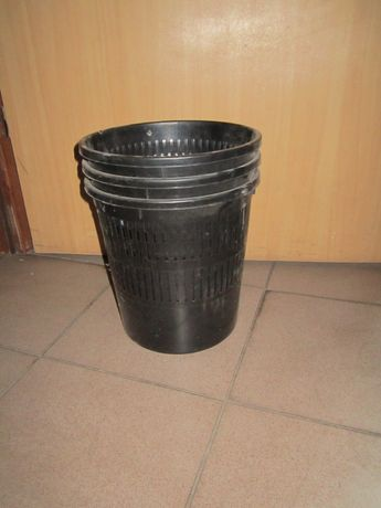 Пластиковая корзина для бумаг 10 л Черная бу цена за 3 шт