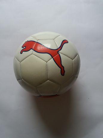 Piłka Puma.    .