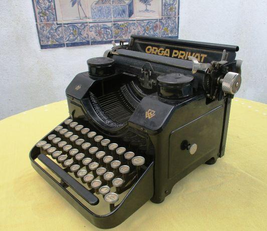 Maquina de escrever Vintage Século XX - muito antiga