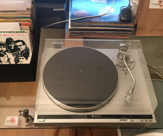 Optonica (SHARP) RP-105 - gira discos vintage automático