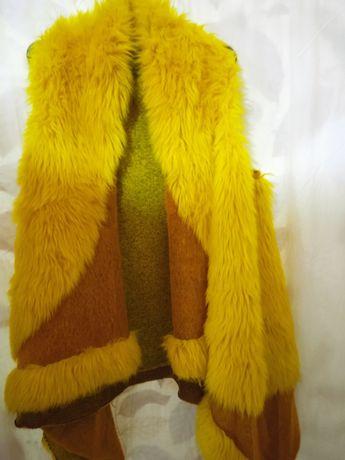 Жилет меховой яркий, жёлтый