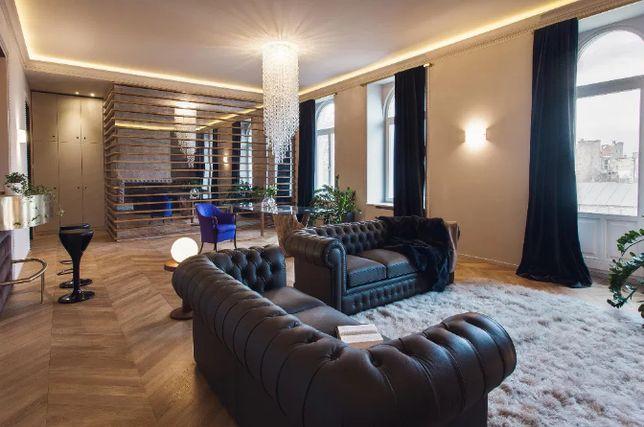 Продам 4-х комнатную квартиру в историческом центре! U