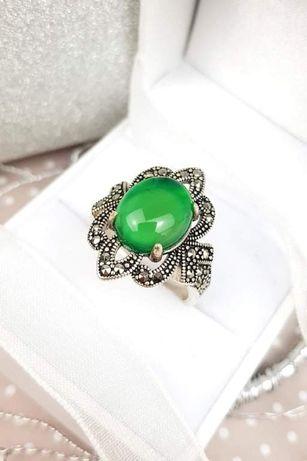 Srebrny pierścionek. 925