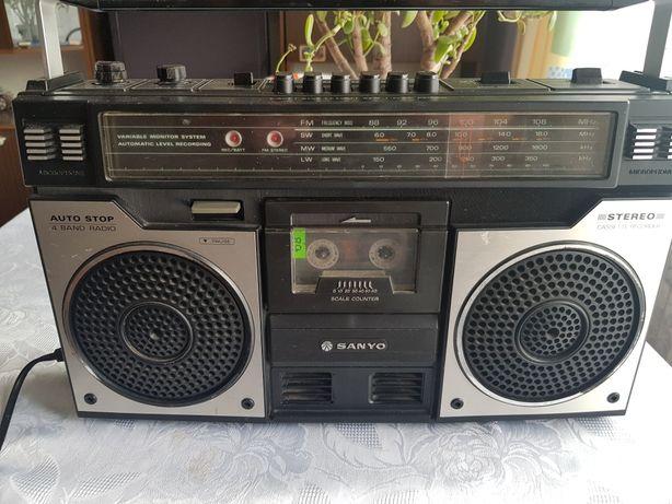 Radio stereo SANYO M4100LU