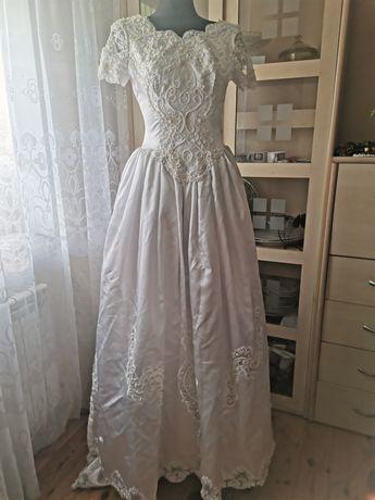 Suknia ślubna,.,