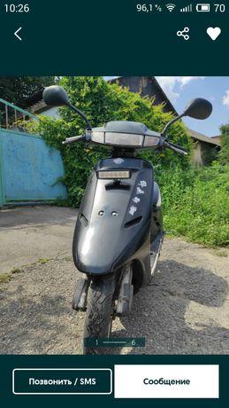 Продам скутер Honda Doi 18