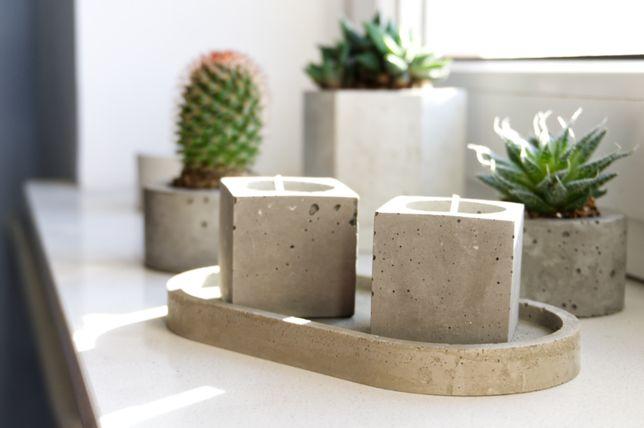 2x Świeczniki z podstawką z betonu architektonicznego - komplet