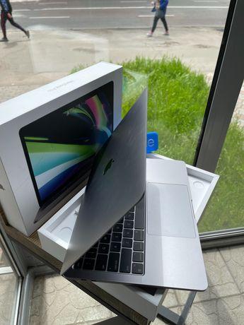 MacBook Pro 13 2020 Space Gray M1/8/|256GB КРЕДИТ | ГАРАНТІЯ | ОБМІН