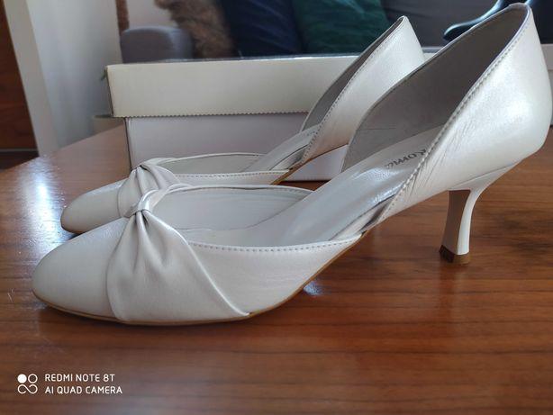 Buty ślubne Arte di Roma r. 39 ivory