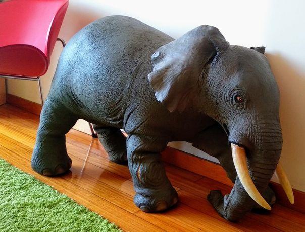 Elefante Bullyland Soft Play. 64 x 102 x 37 cm; 10 kg