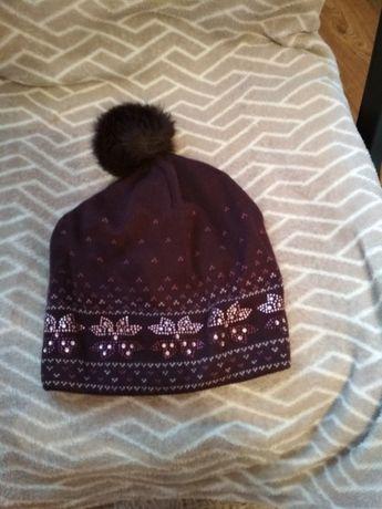 Продам шапку на девочку
