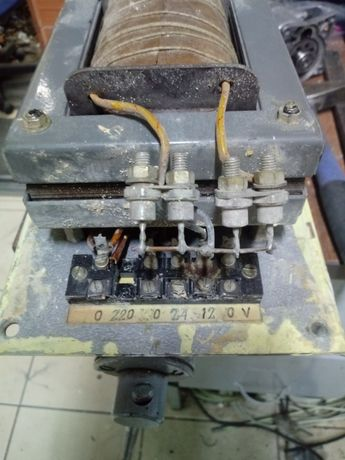 Transformator z diodami