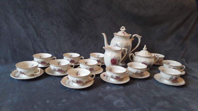 Serwis kawowy porcelanowy dla 12 osób
