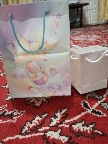 Подарочные пакеты подарок сюрприз