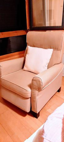 Poltrona reclinável EKTORP IKEA