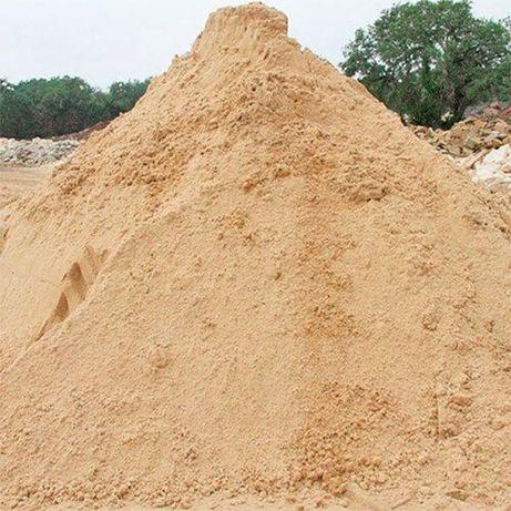 Продаю: Пісок, цеглу, щебінь, відсів, цемент, камінь, чорнозем, гній!