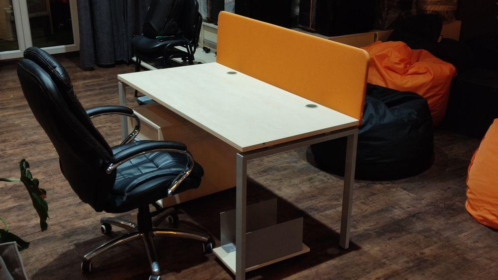 Офисный стол nabutas nova с тумбой на колесиках, кресло, подставка. Киев - изображение 1