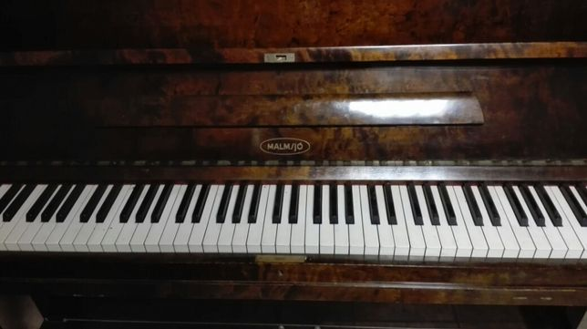Szwedzkie pianino Malmsjo, transport wniesie gratis