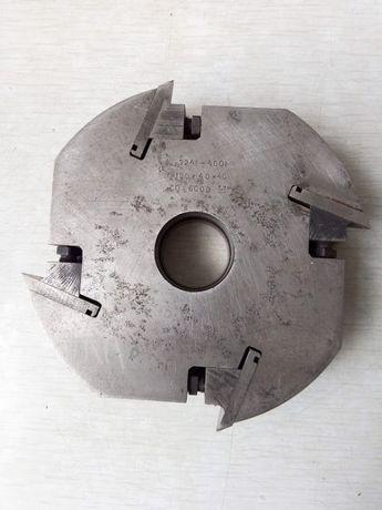 Фреза по дереву (барабан со сменными ножами) профильная 180*40*40