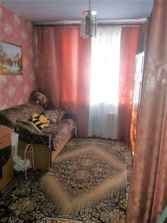 Срочно!!  Комната в коммуналке Таврический. 26А