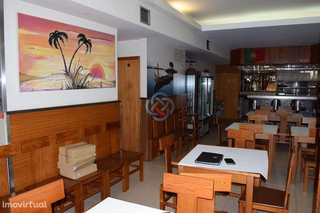 Restaurante no centro de Ovar