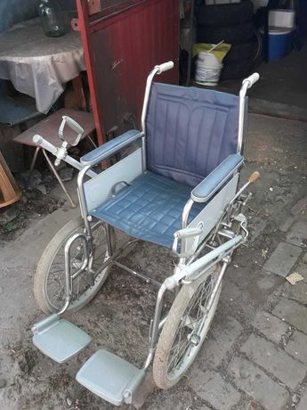 Коляска инвалидная ручная