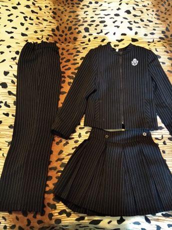 Школьный костюм-тройка + блузка на девочку 7-9 лет