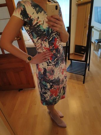 Sukienka ołówkowa 42