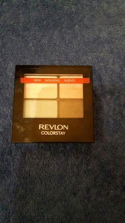 Paleta cieni Revlon Colorstay (biały, różowy, niebieski, brązowy)