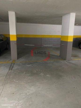 Lugar Garagem - Ramalde