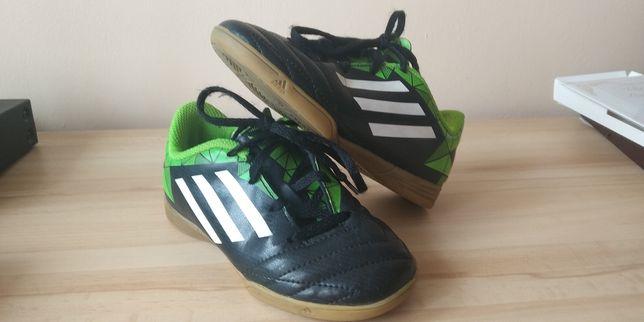 Buty piłkarskie Adidas halowe (halówki) roz 28